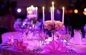 Mit unseren Dekorationen zaubern wir die richtige Atmosphäre auf Ihrem Event.