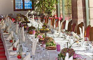 Tisch Dekoration für große Events oder kleine Veranstaltungen.