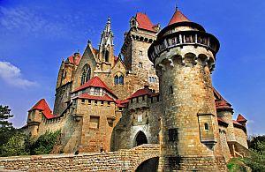 Unsere Incentive Agentur plant auch Kulturreisen zu den imposantesten Burgen dieser Welt.