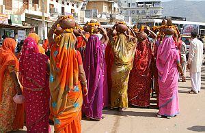 Indische Kultur. Bunt und vielfältig. Welten treffen aufeinander. Cultural Trainings helfen Ihnen.