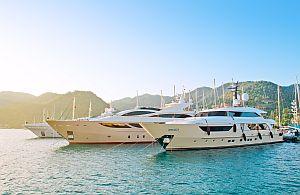 Ihre ganz besonderen VIP Gäste checken wir auf der Incentive Reise auf eleganten Yachten ein.