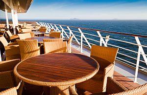 Als Entspannung bieten wir eine VIP-Reise auf einem Kreuzfahrtschiff an. Auch auf Incentive Reisen sollte die Erholung nicht fehlen.