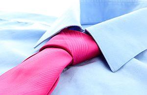 Messebekleidung für Messepersonal und Messehostessen