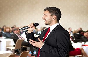 Unsere Moderatoren sind auch bei Tagungen, Kongresse und anderen Events für Sie tätig.