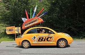 Wir fahren auch mit kleinen Promotionfahrzeugen.