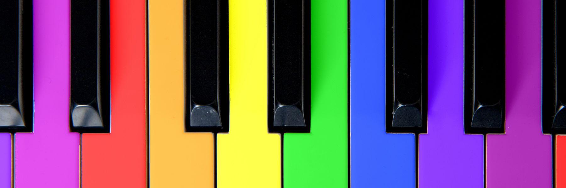 Bunte Klaviertasten. Künstler von all about event. Sie wollen mehr als nur Unterhaltung?