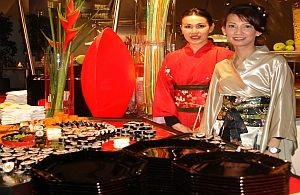 Anatoi mit asiatischem Catering